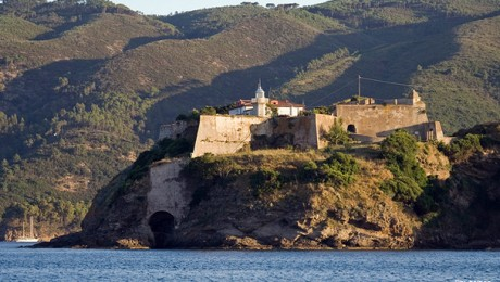 Porto Azzurro, Rio e le miniere di ferro dell&#8217;Elba